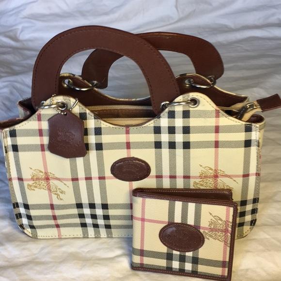 86819ca61096 Burberrys of London Handbags - Burberrys of London Blue Label Purse  Wallet  Nova
